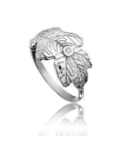 Bykjaergaard - Egeblad sølv ring med champagne farvet diamant -  jbrs1857d
